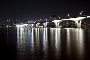 Night view of Wonhyo Bridge on the Han River