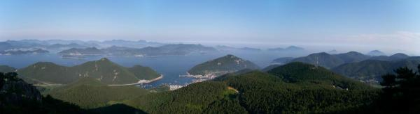 Southeast from Mireuksan (Tongyeong)