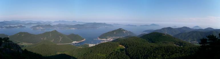 Southeast from Mireuksan (Tongyeong)